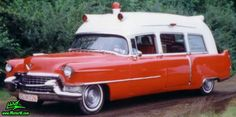 55 Cadillac Ambulance - who ya gonna call? Cadillac, Rescue Vehicles, Police Vehicles, Car Station, Jeep Commander, Flower Car, Emergency Response, Unique Cars, Emergency Vehicles