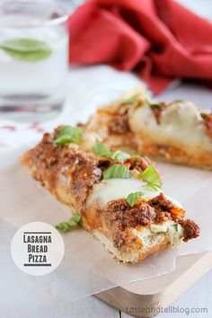 Lasagna Bread Pizza {Fridays with Rachael Ray} - Taste and Tell