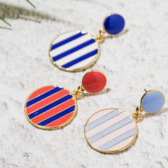 10x10: 컬러 스트라이프 드롭귀걸이 Jewelry Trends, Jewelry Accessories, Rose Gold Wedding Jewelry, Statement Earrings, Jewerly, Creations, Fine Jewelry, Enamel, Beaded Bracelets
