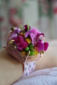 Stunning wrist corsage by Malgorzata Pawlowska :: Wedding bracelet, basket wire