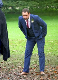 Danny Dyer films forthcoming EastEnders scenes in Batman wellies Mick Carter, Eastenders Cast, Kids Tv Shows, Good Looking Men, Actors & Actresses, How To Look Better, It Cast, Batman, Kellie Bright