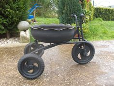 Tricycle tire planter