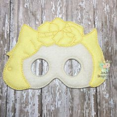 INTRO PRICE Sally - Snoopy Peanuts Inspired Mask Childrens Felt Mask Dress up Costume