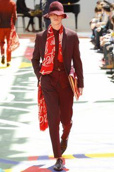 #FASHION #NEWS #DÉFILÉS HOMME #Printemps-#été 2015 #BURBERRY #PRORSUM #LONDON  Découvrez toute la collection et l'article en cliquant sur le lien ci-dessous: http://fashionblogofmedoki.com/
