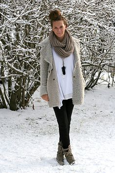 chunky scarf with sweater