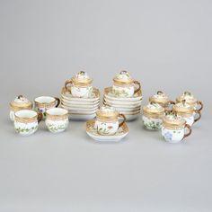 Set de cha ou creme para 12px em porcelana do sec.19th, 4,020 USD / 3,500 EUROS / 13,870 REAIS / 25,910 CHINESE YUAN soulcariocantiques.tictail.com