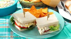 Level up your usual chicken salad and whip up this Del Monte Kitchenomics Chicken Sandwich Supreme recipe with pineapple and cheese! It's delish! Chicken Sandwich Spread, Chicken Sandwich Recipes, Sandwich Fillings, Salad Sandwich, Supreme, Ideas Sándwich, My Best Recipe, Filipino Recipes, Light Recipes