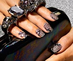 lace nails - i love these!