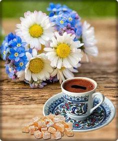 Coffee Love, Coffee Coffee, Coffee Drinks, Tea Time, Daisy, Mugs, Tableware, Good Morning Wishes, Beautiful Landscapes