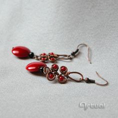 Antique copper wire earrings with glass beads by Artual on Etsy