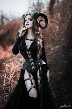 Fantasy Women, Dark Fantasy Art, Fantasy Girl, Halloween Photography, Fantasy Photography, Goth Beauty, Dark Beauty, Hot Goth Girls, Goth Women