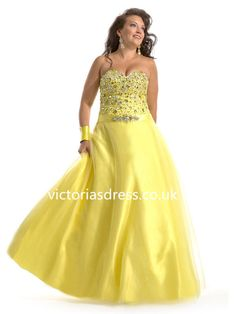 A-line Sweetheart Sleeveless Tulle Plus Size Prom Dress/Evening Gowns With Rhinestone