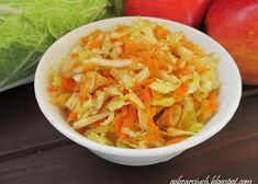 Wiosenna sałatka z brokułem i jajkiem - Obżarciuch Cabbage, Vegetables, Food, Essen, Cabbages, Vegetable Recipes, Meals, Yemek, Brussels Sprouts