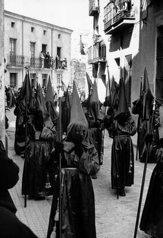 Inge Morath :: Penitents, Holy week Procession, Zamora, Spain, 1957 more [+] by I. Morath