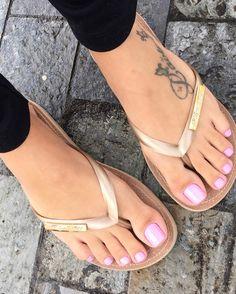 Swipe omg pretty af @tamlavigne #feet #footfetishgroup #footfetishnation #footfetishcommunity #footgoddess #footqueen #toes #pes #footmodel #ilovemyfeet #piesitos #instafetish #feetofinstagram #mytoes #myfeet #cutetoes #cutefeet #pies #prettyfeet #prettytoes #teamprettyfeet #beautifulfeet #beautifultoes #longtoes #feetofig #footjob #footfetishgang #pedicure