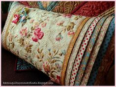 Karen's Quilts, Crows and Cardinals: Heart's Content Pillow on the Moda Bake Shop
