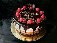Tort Trio cu crema de branza ciocolata si zmeura Christmas Desserts, Chocolate Desserts, Tiramisu, Mousse, Food And Drink, Menu, Cheesecake, Ice Cream, Sweets