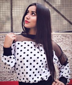 Polka Dots, Clothes For Women, Instagram Posts, How To Wear, Outfits, Fashion, You Are Awesome, Outerwear Women, Moda