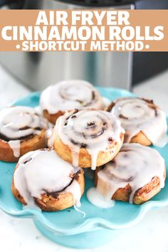Making Cinnamon Rolls has never been quicker and easier than with the air fryer! Family friendly breakfast is served in less than 10 minutes! Breakfast Snacks, Breakfast Recipes, Dessert Recipes, Desserts, Breakfast Ideas, Small Air Fryer, Time To Eat, Dessert For Dinner, Air Fryer Recipes