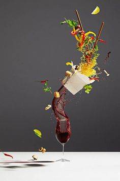 Still Life Photography of Food in Motion In Toronto, the photographer Michael Crichton and his colleague and stylist Leigh MacMillan imagined a visual project highlighting food, titled Conceptual Food. The result of this collaboration with brands such as McDonald's, Kellogg's and Nutella takes the shape of still life meals in movement in the air.