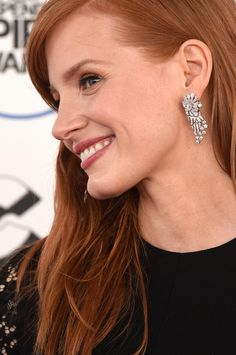 Jessica Chastain in #Piaget earrings attends the 2015 Film Independent Spirit Awards on February 21, 2015