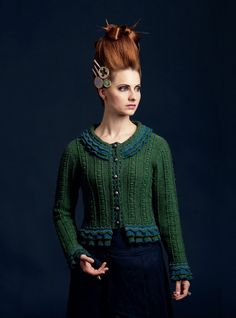 Mary Queen Of Scots hand knitwear design by Alice Starmore from the book Tudor Roses Knitting Designs, Knitting Projects, Knitting Patterns, Knitting Tutorials, Loom Knitting, Knitting Ideas, Free Knitting, Stitch Patterns, Crochet Patterns