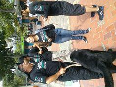 COLOMBIA: Equipo AnimaNaturalis a la espera del comienzo de la marcha contra el maltrato animal #Medellin
