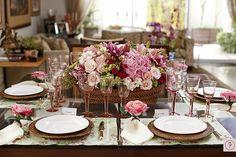 mesa posta rosa.