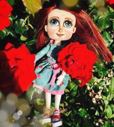 """Páči sa mi to: 31, komentáre: 1 – Mery❤️Jane (@janka_mery) na Instagrame: """"...bed of roses #lovedolls #handmadedolls #handmadedoll #růže #ruža #ruzicka #roses #rosegarden…"""""""