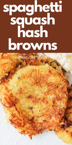 Spaghetti Squash Hash Browns - SO EASY! - Recipes - Keto, Lose Weight - These Spaghetti Squash Hash Browns are a brilliant way to use up your leftover cooked spaghetti squ - Healthy Low Calorie Meals, No Calorie Foods, Low Calorie Recipes, Easy Healthy Recipes, Vegetarian Recipes, Cooking Recipes, Low Calorie Bread, Atkins Recipes, Vegan Spaghetti Squash