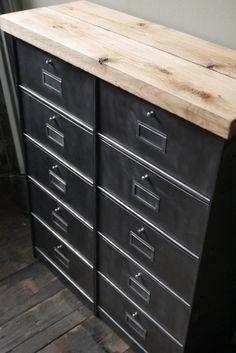 ancien meuble console 10 casiers industriel a clapet roneo 1950 plateau chene massif                                                                                                                                                                                 Plus