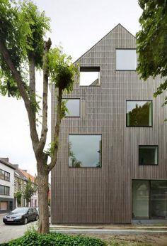 Puinhuis in Ghent, Belgium by FELT
