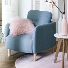 Armchair love on pinterest armchairs chairs and hanging - Fauteuil vintage la redoute ...