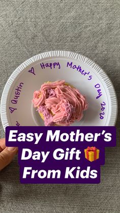 Homemade Mothers Day Gifts, Mothers Day Crafts For Kids, Mothers Day Cards, Diy Crafts For Kids, Mother Day Gifts, Art For Kids, Grandma Birthday, Happy Birthday Mom, Substitute Binder