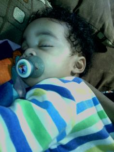 goodmorning im up with my bby puttin him bck too sleep him so cute