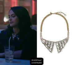 """Veronica Lodge (Camila Mendes) wears this embellished collar necklace in this episode of Riverdale, """"The Last Picture Show"""". It is the Banana Republic classic rebel collar necklace. Veronica Lodge Aesthetic, Veronica Lodge Fashion, Veronica Lodge Outfits, Verona, Veronica Lodge Riverdale, Tv Show Outfits, College Outfits, Riverdale Merch, Camilla Mendes"""