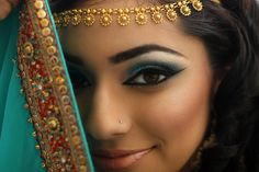 Disney Inspired Halloween Makeup | Beautylish...Jasmine  smallworldBIGFUN.com  #disney