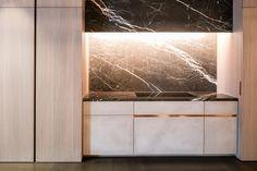 Kitchen by Wilfra @ Interieur Kortrijk 2016 - tempory brown stone - verzoet by Hullebusch Minimal Kitchen, Tadelakt, Luxury Kitchens, Modern House Design, Kitchen Interior, Contemporary, Brown, Kitchen Ideas, Kitchen Inspiration