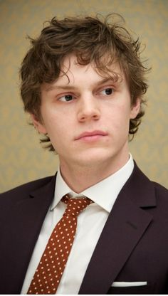 The Handsome Evan Peters! Taken shortly after wrapping up filming AHS Season 2, Asylum. follow rickysturn/evan-peters