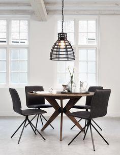 שולחן אוכל עגול מעץ טיק ממוחזר בשילוב ברזל ממוחזר