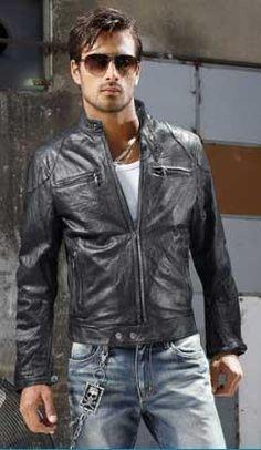 d2a91306eab Лучших изображений доски «Кожаные куртки»  28