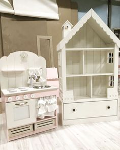 Doll House with Storage Bins Baby Bedroom, Girls Bedroom, Bedroom Decor, Doll House Plans, Barbie Doll House, Little Girl Rooms, Baby Decor, Kids Furniture, Kids Room