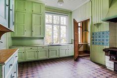 Kitchen from 1916 Bilder på objektet Kitchen Interior, Interior Design Living Room, Kitchen Decor, Victorian Kitchen, Vintage Kitchen, Swedish Interiors, Restaurant Interior Design, Kitchen Styling, Kitchen Furniture
