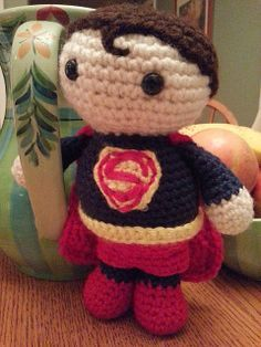 """Superman Doll - Free Amigurumi Pattern - PDF file click """"download"""" or """"free Ravelry download"""" here: http://www.ravelry.com/patterns/library/amigurumi-superman"""