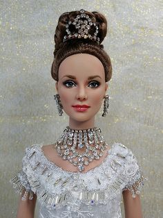 Eliza at the Embassy Ball - UB Daphne repainted as Audrey Hepburn by JustCreations. She wears a OOAK gown from the Embassy Ball scene of My Fair Lady. Gown beaded by me. Wedding Doll, Barbie Wedding, Barbie Hair, Barbie Dress, Barbie Clothes, Doll Head, Doll Face, Fashion Royalty Dolls, Fashion Dolls