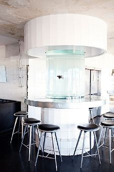 Fiske Bar - Decomposed look, old, not renovated. Fish Tank Design, Interior And Exterior, Interior Design, Dinning Room Tables, Cool Restaurant, Commercial Interiors, Humble Abode, Building Design, Interior Inspiration