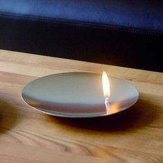 http://www.wayfair.com/mono-Mono-On-Fire-Dinnerware-Collection-MOG1396.html  Dinnerware on fire! floating fire on a stainless steel dish.  Made of oil.
