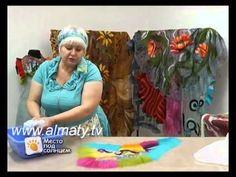 Валяние палантина с ирисами. Цветы из шерсти на шелке. Making wool flowers - tippet felting. - YouTube