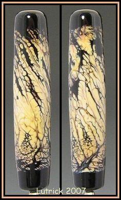 Moretti 066 Intense Black on Moretti 266 Opal Yellow
