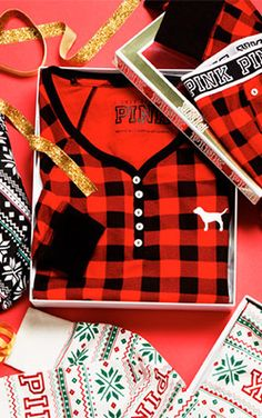 get cozy this holiday season with buffalo check pajamas from @vspink! #PINKmas #ad http://victoriassecret.com/pink/gifts?cm_mmc=BlogPin-_-vspink-_-CAITLINCAWLEY-_-110315